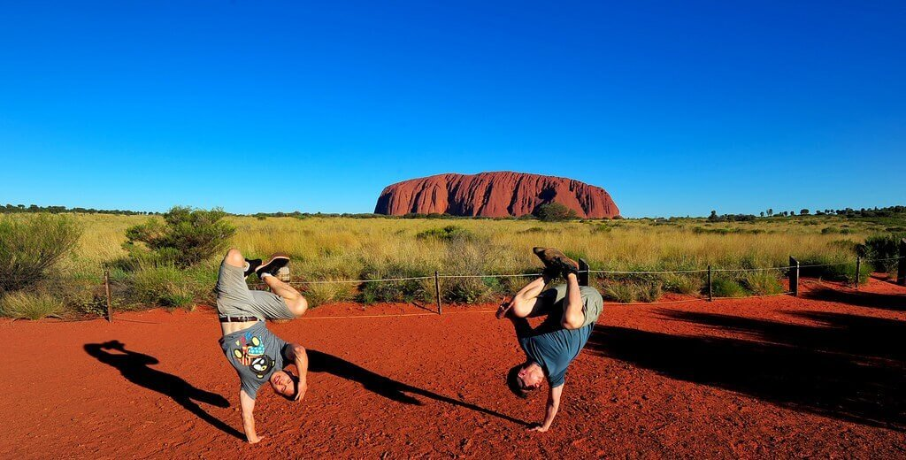 It Must Be Aliens: Uluru